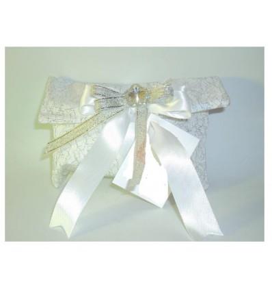Busta lettere taffeta bianco con rete argento fiori nastri e confetti